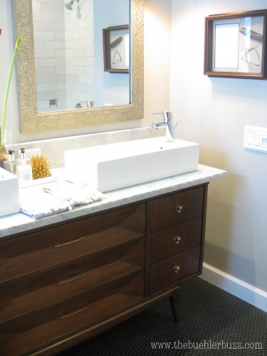 {another shot of sink area... because I'm in love}